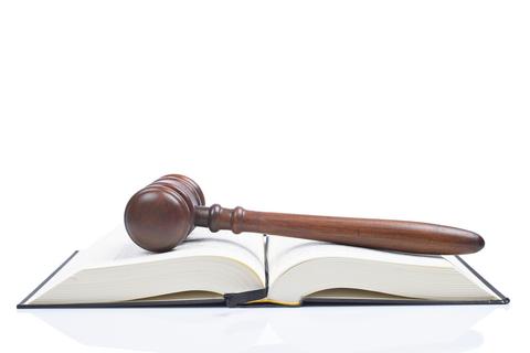 כיצד מגישים עתירה לבית משפט?