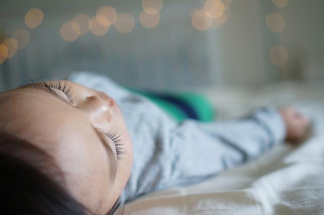 טיפול בהרטבה בלילה על ידי תרופות - יתרונות וחסרונות