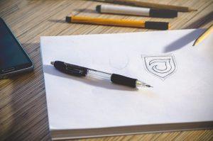 לעצב לוגו יוקרתי