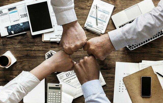 EMV ועסקים