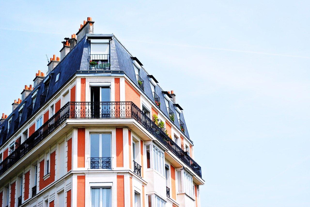 צביעת בניין