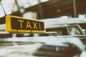 השכרת מונית גדולה